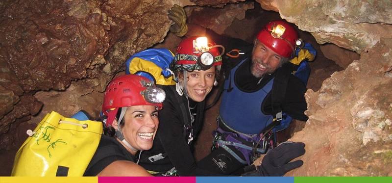 Cueva de La Huelga en Picos de Europa (Asturias).